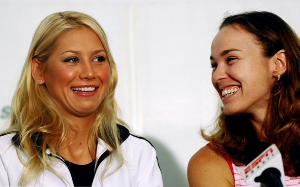 Reuters Signs Up With Lta Hingis Kournikova To Return