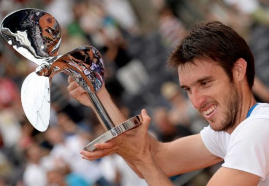 Leonardo Mayer Shocks David Ferrer in Hamburg Final - Mondays with Bob Greene